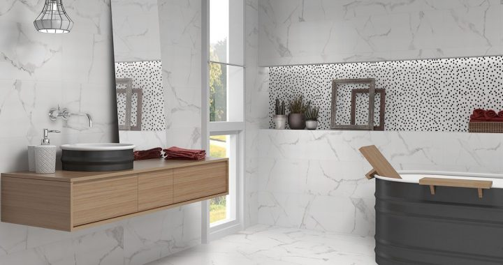Palace wall tiles in bathroom.