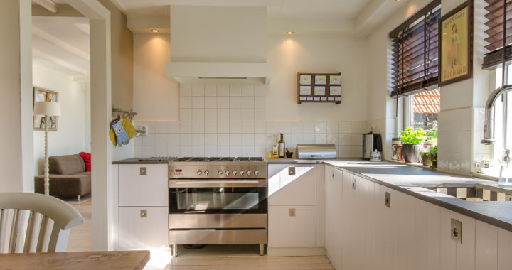 kitchen tiles with grouting